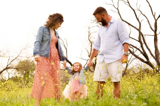 @ Photographer Amy Elizabeth Birdsong Photography Texas Bluebonnet family portrait location photographer-67