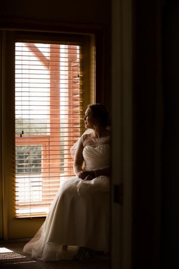 @PhotographerAmy Elizabeth Birdsong Photography Vintage Villas Austin wedding venue-32