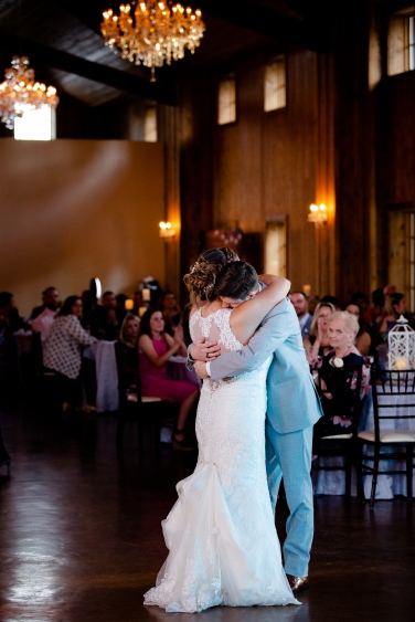 @ Photographer Amy Elizabeth Birdsong Photography The Carriage House Houston Wedding Photos-110
