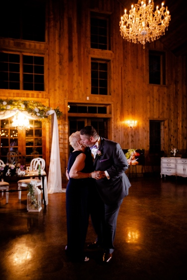 @ Photographer Amy Elizabeth Birdsong Photography The Carriage House Houston Wedding Photos-146