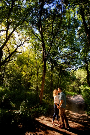 @ Photographer Amy Elizabeth Birdsong Photography Zilker Botanical Gardens Engagement Photos Zilker Park Austin-14
