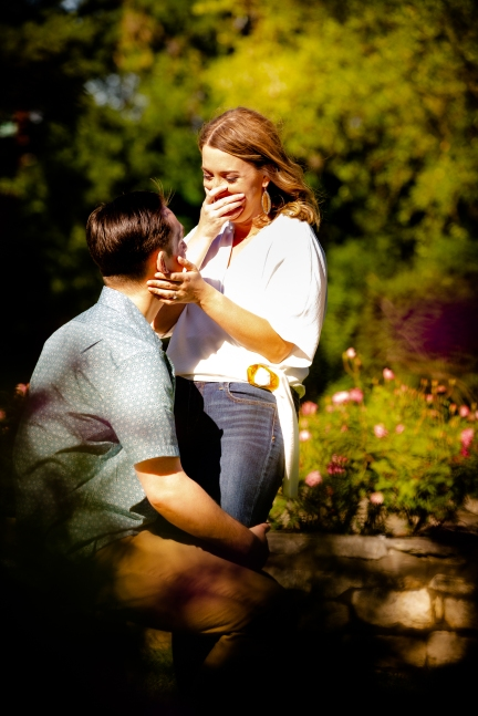 @ Photographer Amy Elizabeth Birdsong Photography Zilker Botanical Gardens Engagement Photos Zilker Park Austin-18