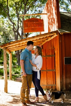@ Photographer Amy Elizabeth Birdsong Photography Zilker Botanical Gardens Engagement Photos Zilker Park Austin-8