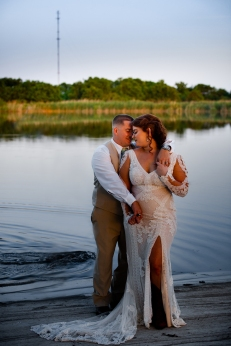 @ Photographer Amy Elizabeth Birdsong Photography The Venue at Lilly Pond Wedding photos-112
