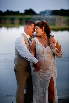 @ Photographer Amy Elizabeth Birdsong Photography The Venue at Lilly Pond Wedding photos-121