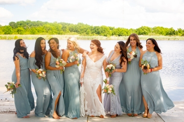 @ Photographer Amy Elizabeth Birdsong Photography The Venue at Lilly Pond Wedding photos-62