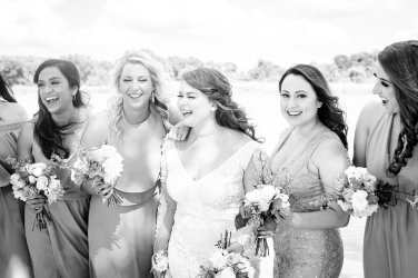 @ Photographer Amy Elizabeth Birdsong Photography The Venue at Lilly Pond Wedding photos-63