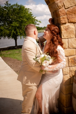 @ Photographer Amy Elizabeth Birdsong Photography The Venue at Lilly Pond Wedding photos-66