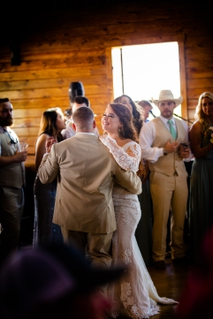 @ Photographer Amy Elizabeth Birdsong Photography The Venue at Lilly Pond Wedding photos-73