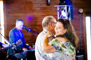 @ Photographer Amy Elizabeth Birdsong Photography The Venue at Lilly Pond Wedding photos-96
