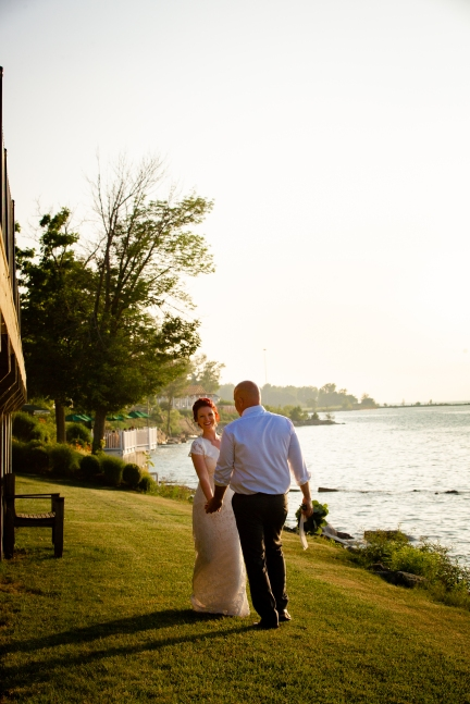 @ Photographer Amy Elizabeth Birdsong Photography Lakehouse Inn Geneva On the Lake Wedding Venue Photos-114