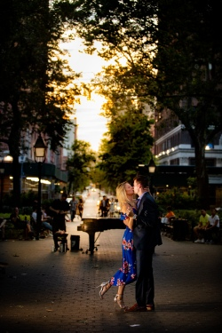 Elizabeth Birdsong Photography Destination wedding photographer NYC best engagement photo locations -18