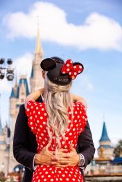 @ Photographer Amy Elizabeth Birdsong Photography Disney World Engagement Photos -10