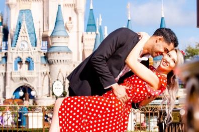 @ Photographer Amy Elizabeth Birdsong Photography Disney World Engagement Photos -12