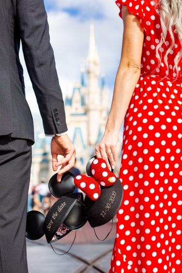 @ Photographer Amy Elizabeth Birdsong Photography Disney World Engagement Photos -16