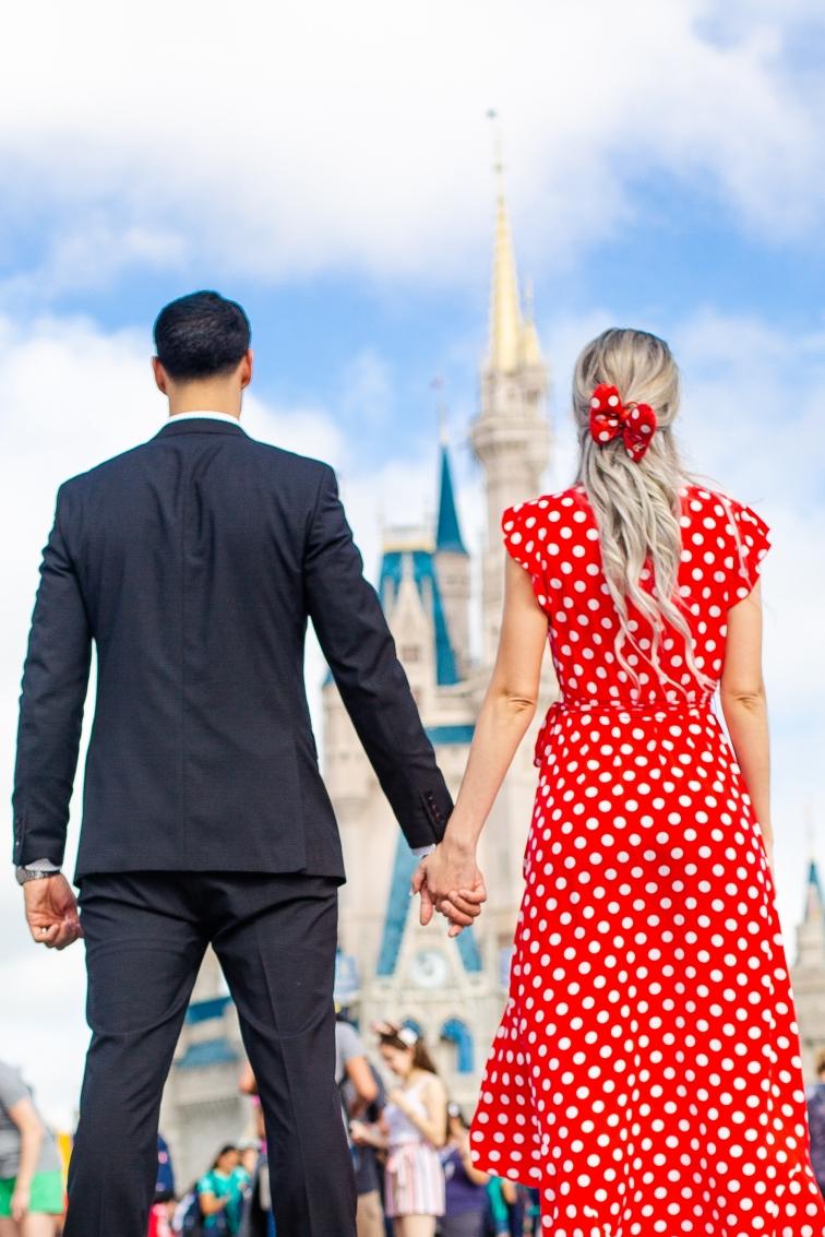@ Photographer Amy Elizabeth Birdsong Photography Disney World Engagement Photos -18