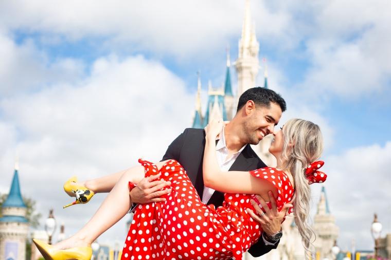 @ Photographer Amy Elizabeth Birdsong Photography Disney World Engagement Photos -21