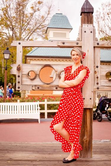 @ Photographer Amy Elizabeth Birdsong Photography Disney World Engagement Photos -39