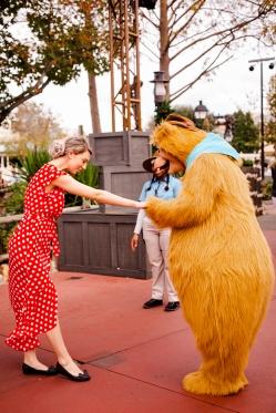 @ Photographer Amy Elizabeth Birdsong Photography Disney World Engagement Photos -42