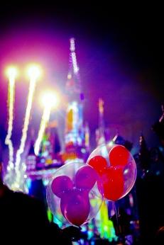 @ Photographer Amy Elizabeth Birdsong Photography Disney World Engagement Photos -73