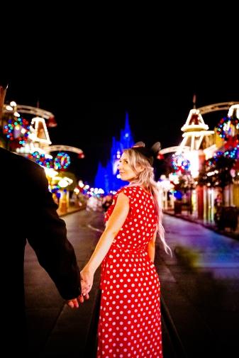 @ Photographer Amy Elizabeth Birdsong Photography Disney World Engagement Photos -86