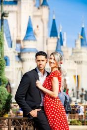 @ Photographer Amy Elizabeth Birdsong Photography Disney World Engagement Photos -9